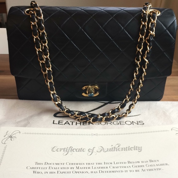 "1c9577047e78df CHANEL Handbags - CHANEL Vintage Lambskin Classic 11"" Jumbo Flap"